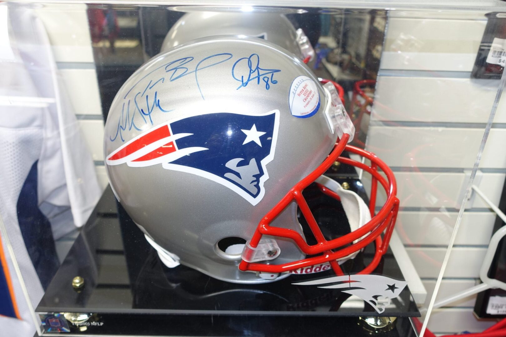 the best attitude aa5e8 a753a Tom Brady Signed Helmet TriSTAR Certified - TradeLand